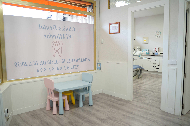 Foto 1 de Dentistas en  | Clínica Dental El Mirador