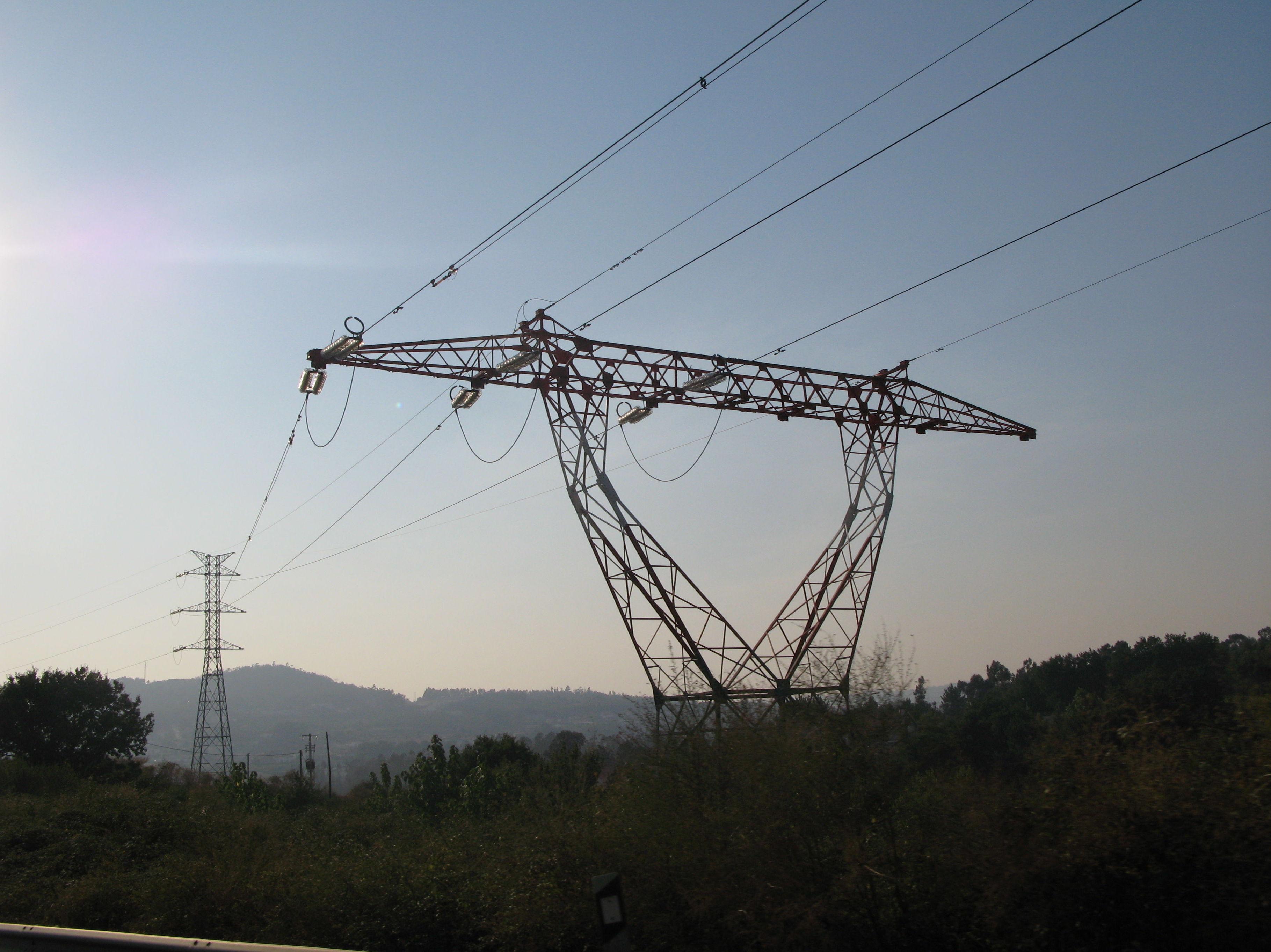 COMO SABER SI PAGARÉ MENOS CON FENIE ENERGÍA