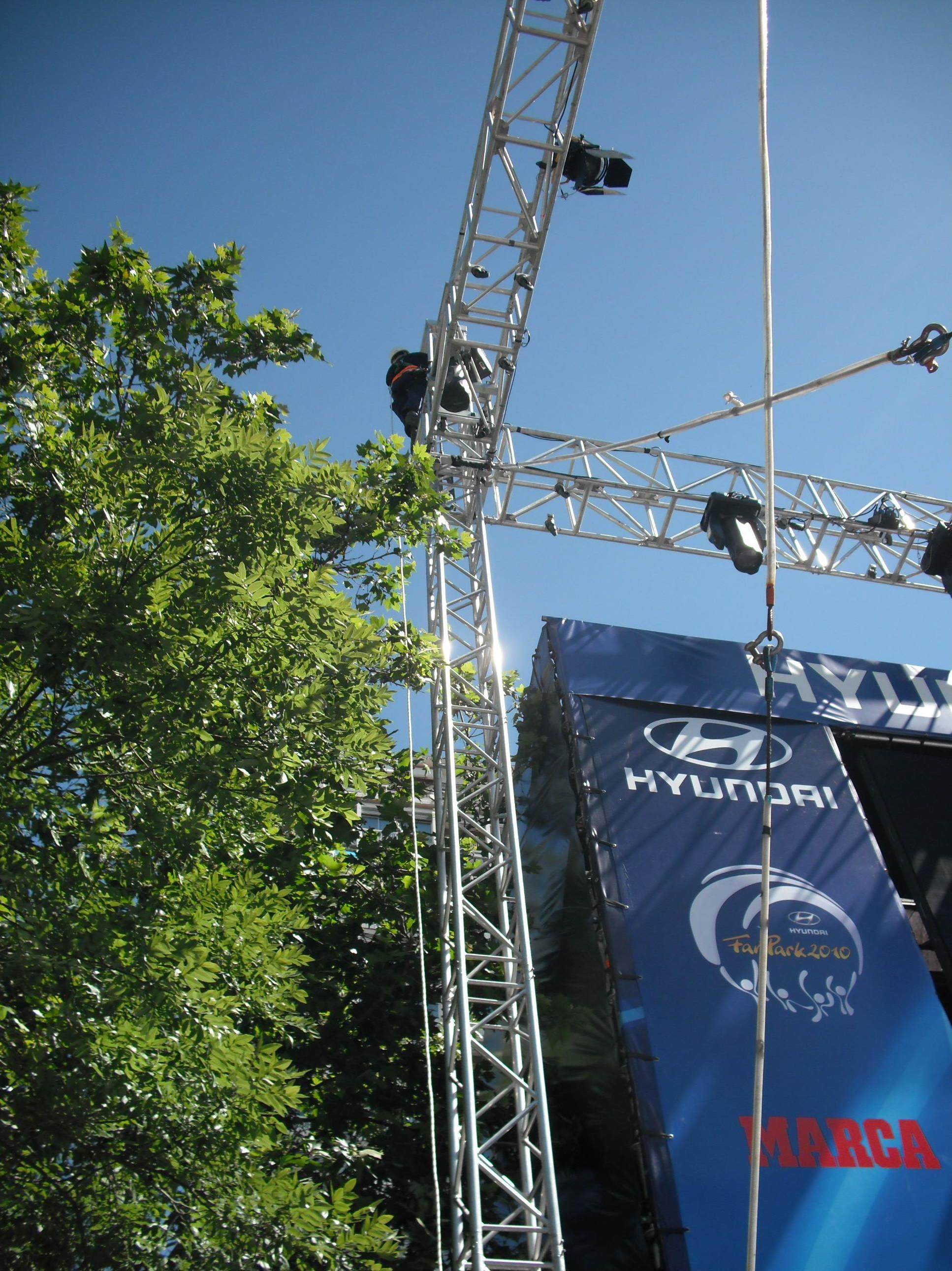 Instalación de antena TDT para ver ganar a La Roja en el Mundial 2010