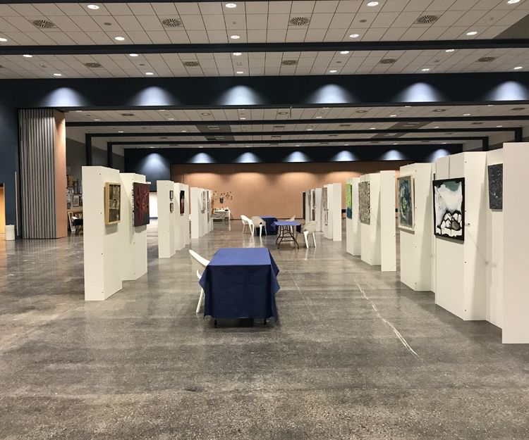 Organización y dirección de exposiciones de arte en Valencia