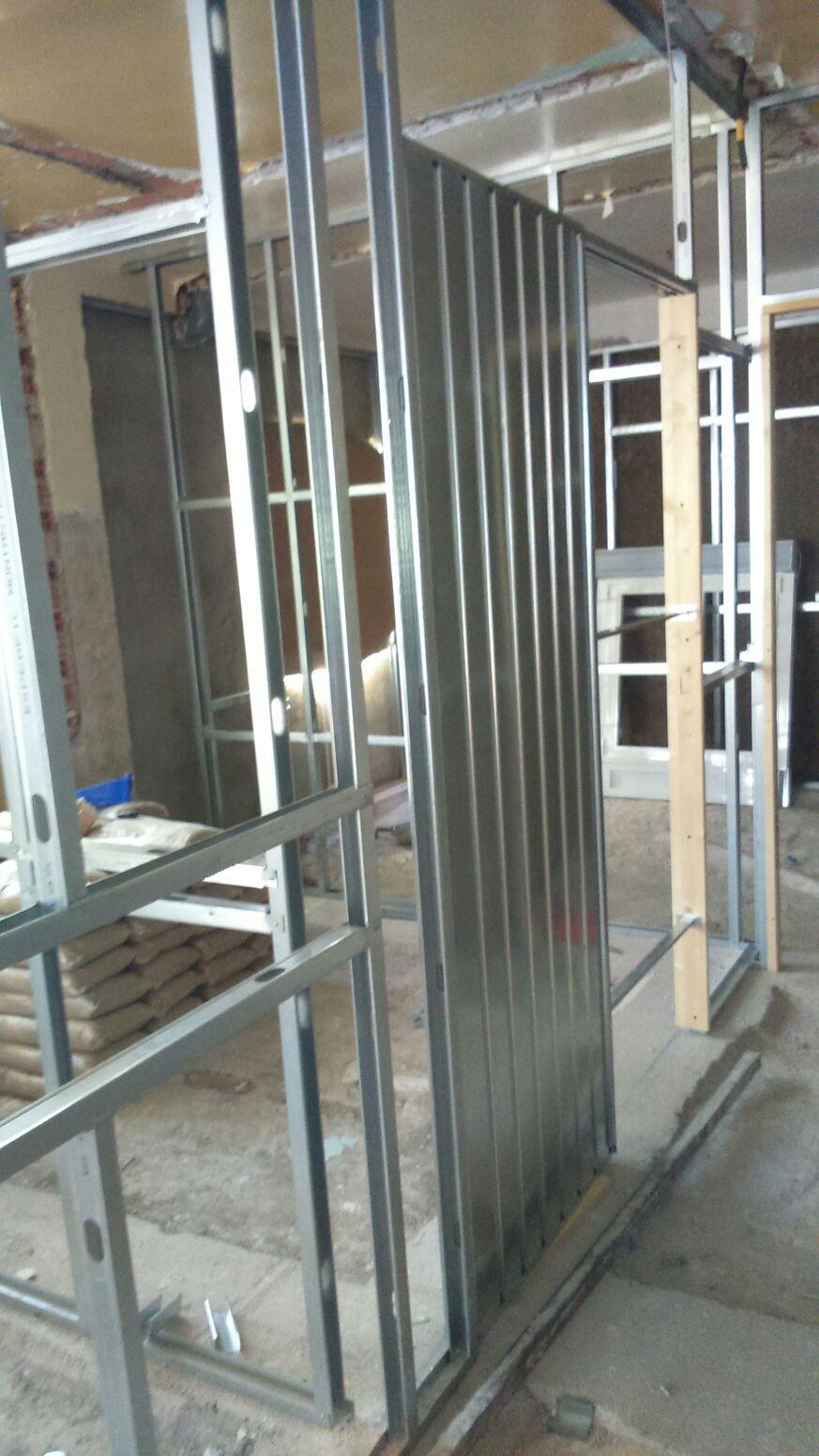 Montaje de puertas y ventanas de aluminio: Trabajos de Karpex