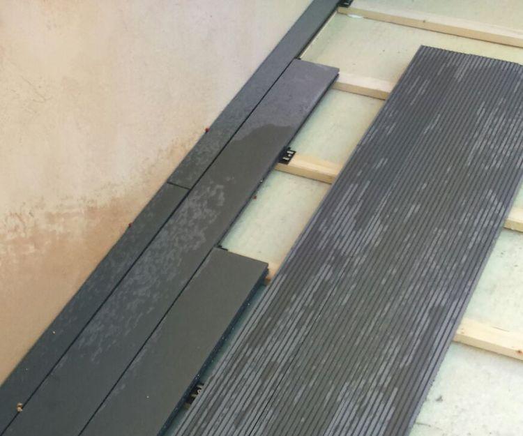 Proceso de montaje de tarimas de composite