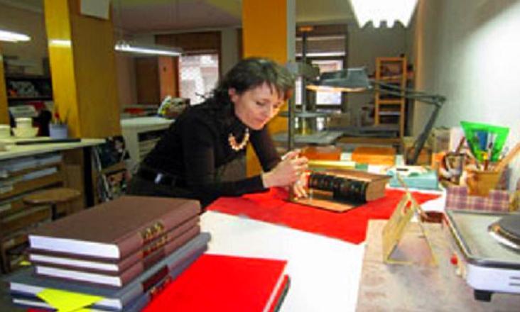 Foto 25 de Encuadernación en Madrid | Taller de libros Raquel Casas