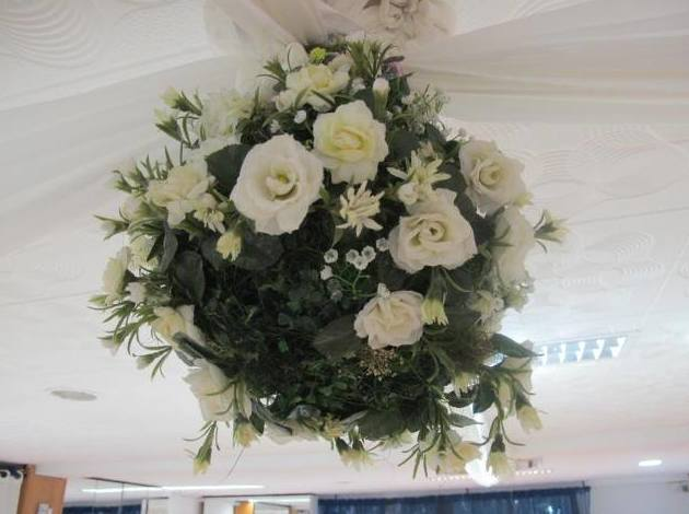 Detalle de arreglo floral en Restaurante Margu