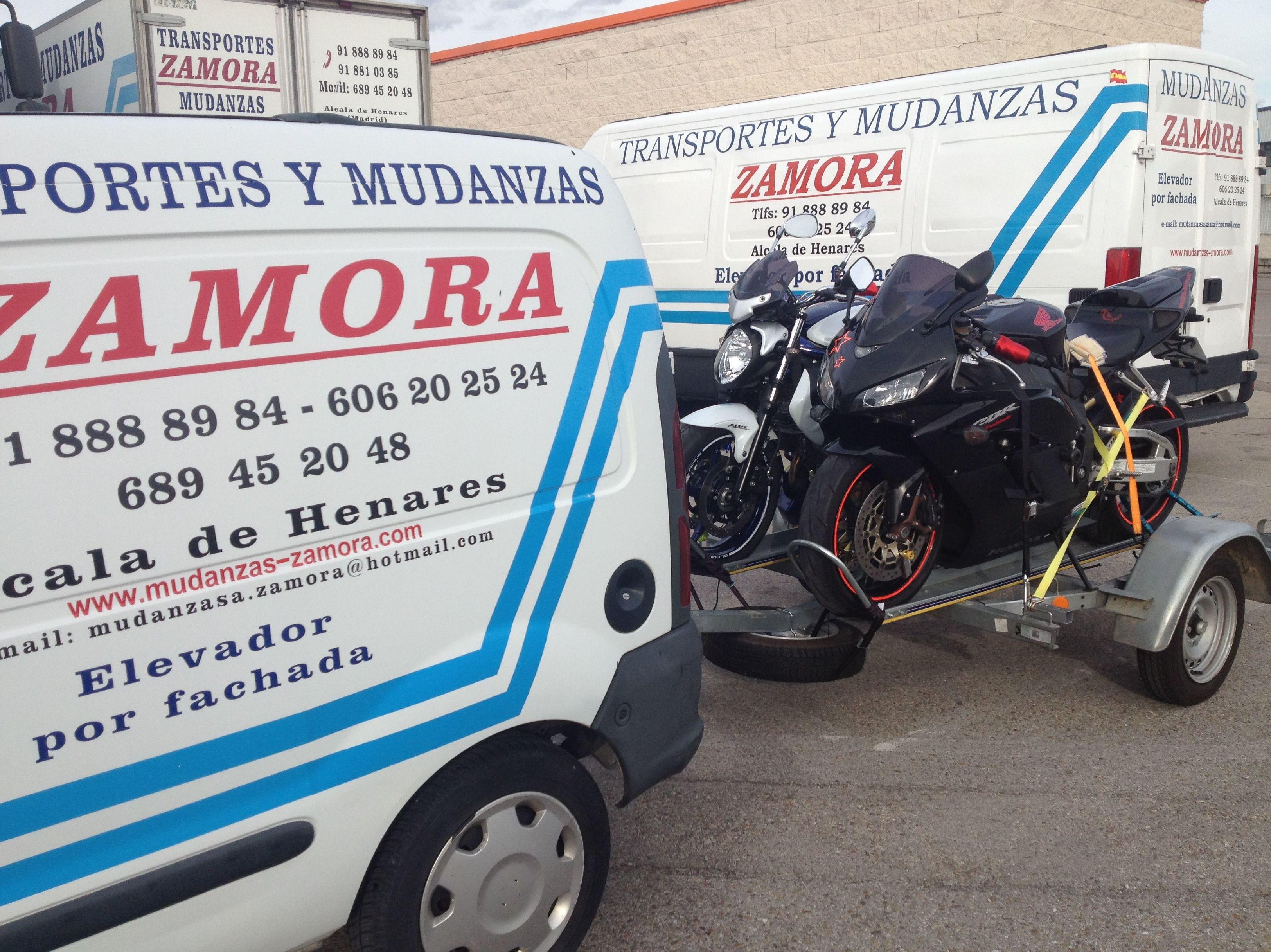 Transporte de motos.
