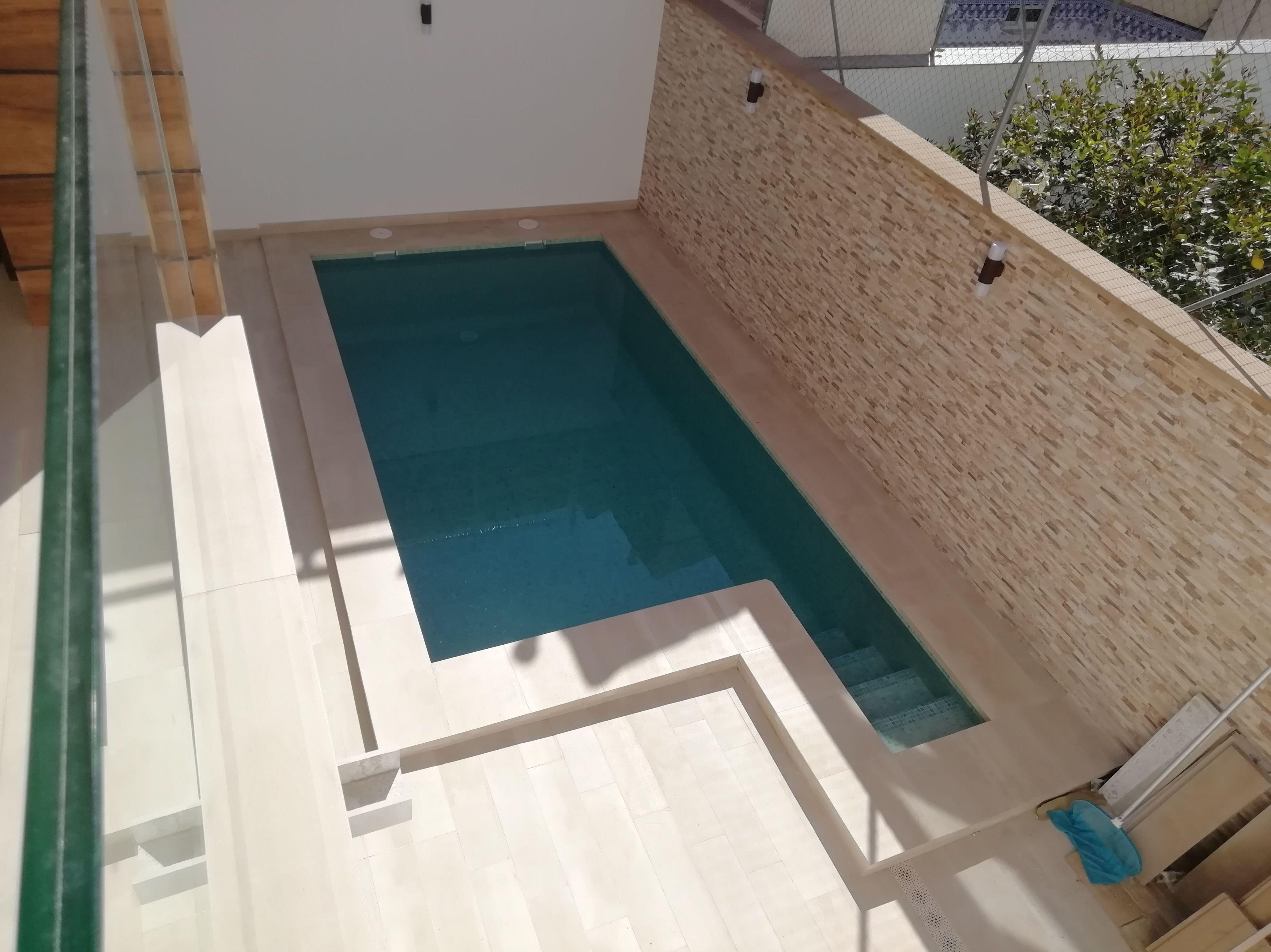 Seredacon, Vivienda Nueva  <<Unifamiliar entre medianeras>> vista terminada de piscina en patio interior