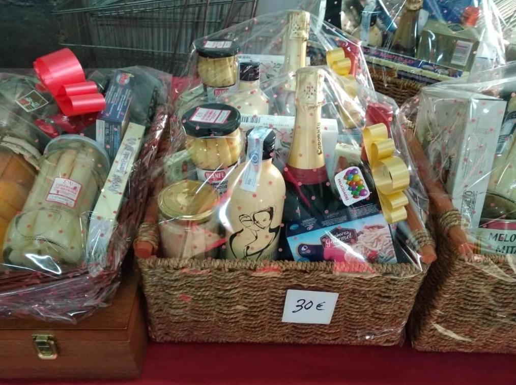 Foto 11 de Distribución de productos alimenticios en Valtierra   Bardenas Manipulados, S.L.