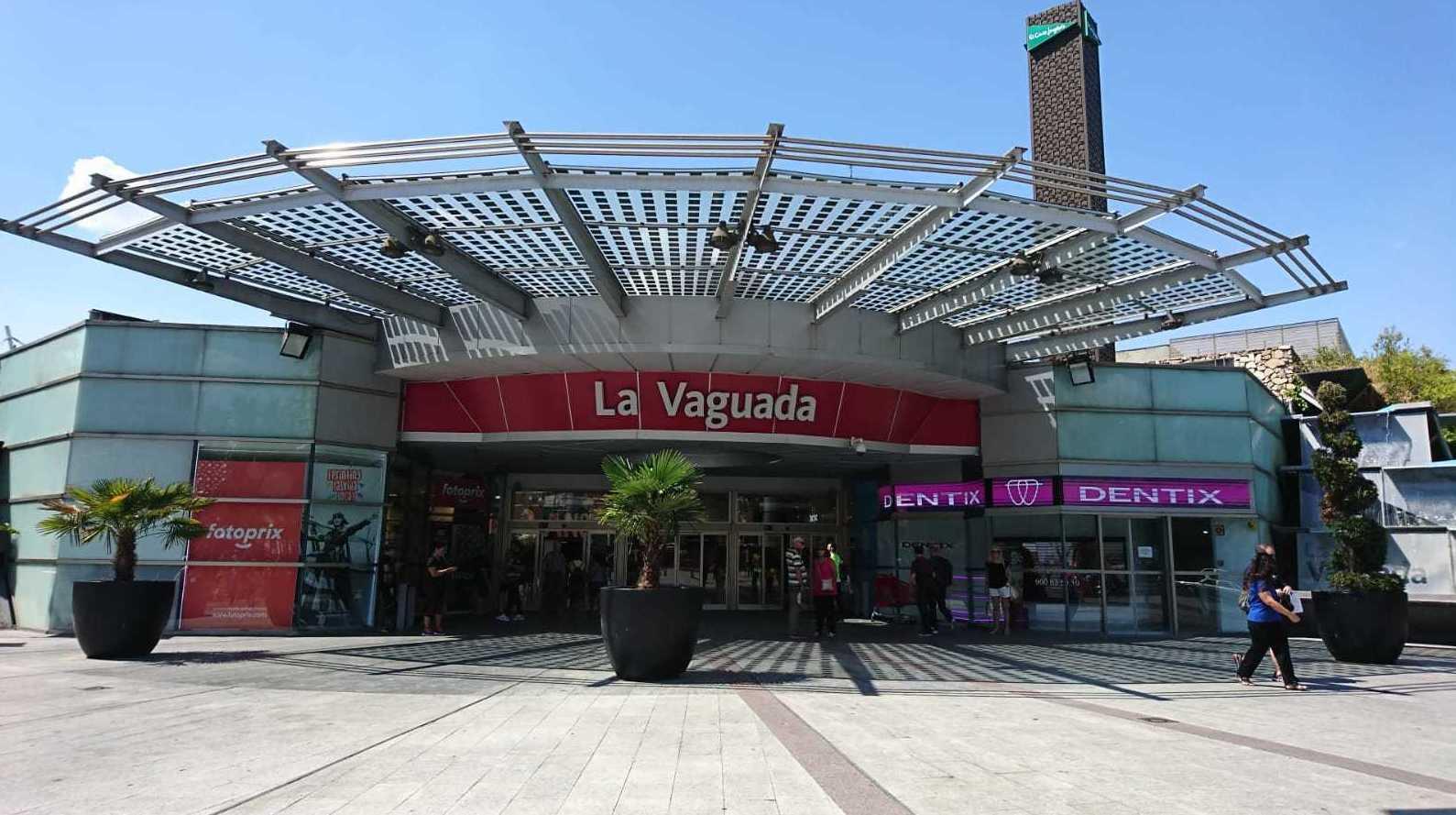 Iluminación led en una gran superficie como es el CC La Vaguada ubicado en Madrid.