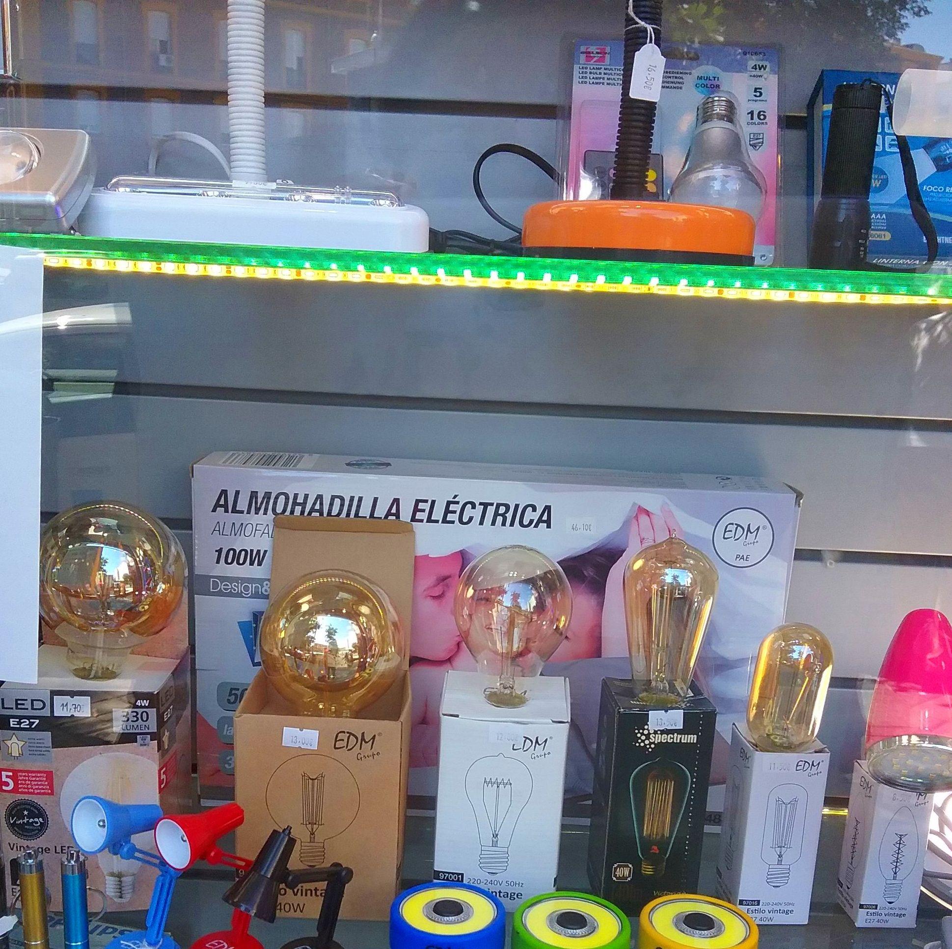 Lámparas led: Servicios de Instalaciones Eléctricas Luxem