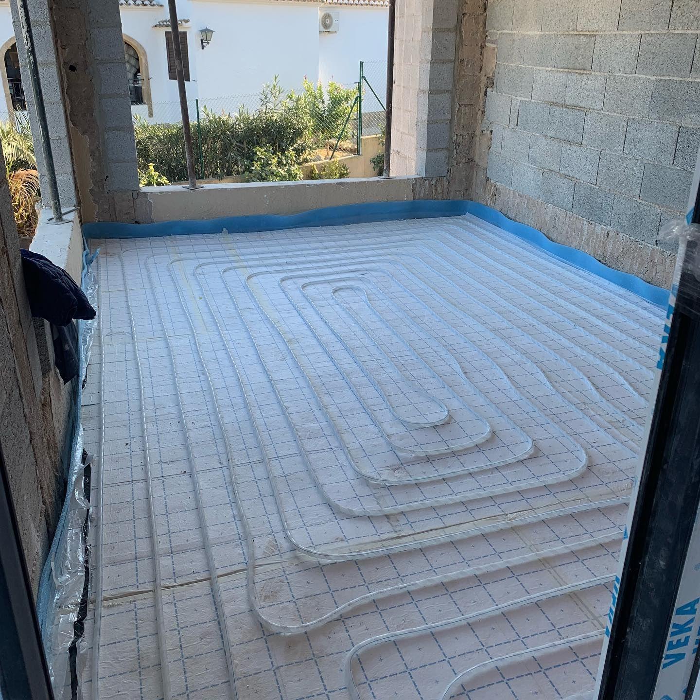 Instalación de suelo radiante en vivienda