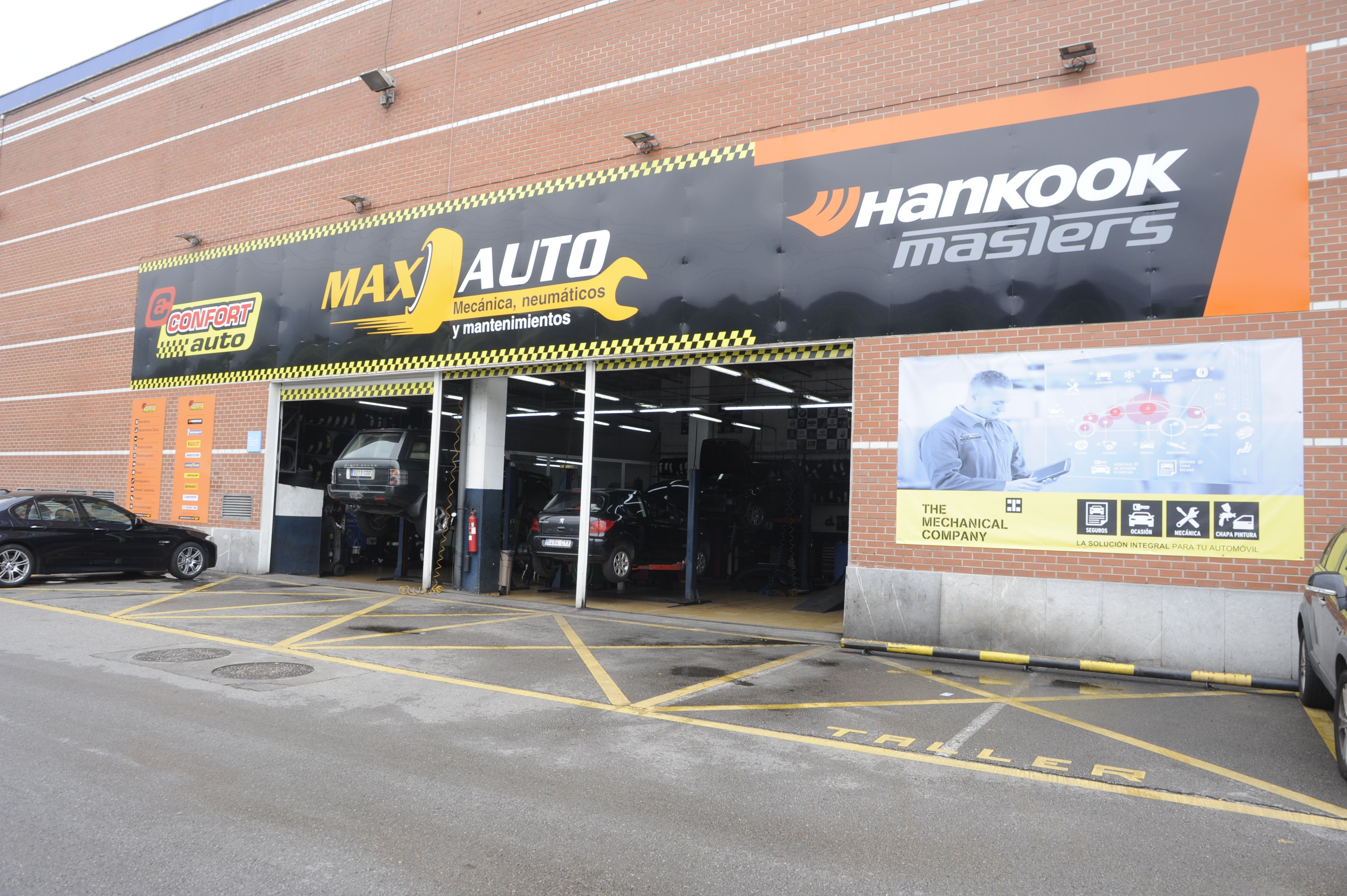 Foto 5 de Taller mecánico en especializado en el cambio de neumáticos en Baracaldo | Max Auto