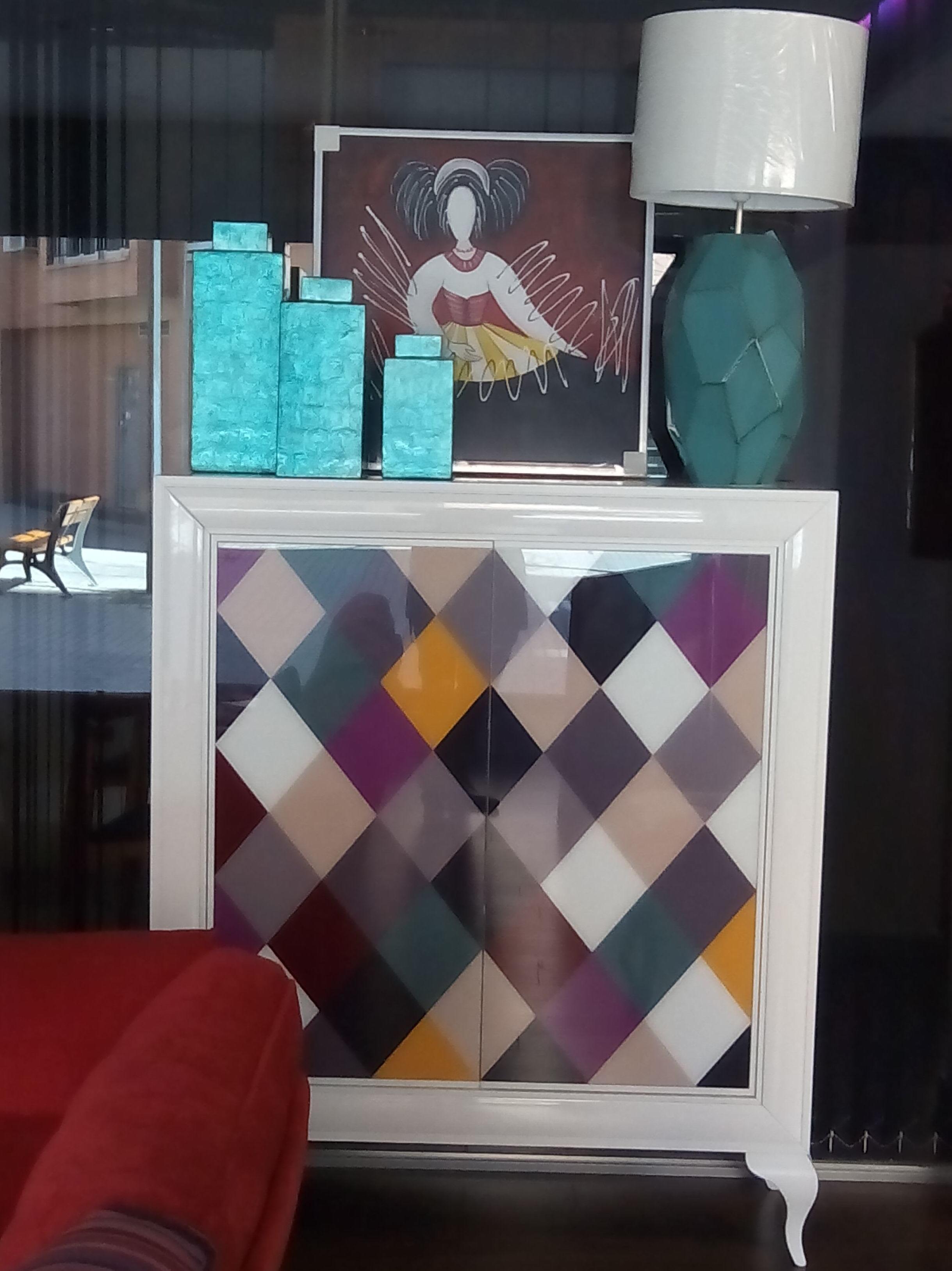 Tienda de muebles y decoración de interiores