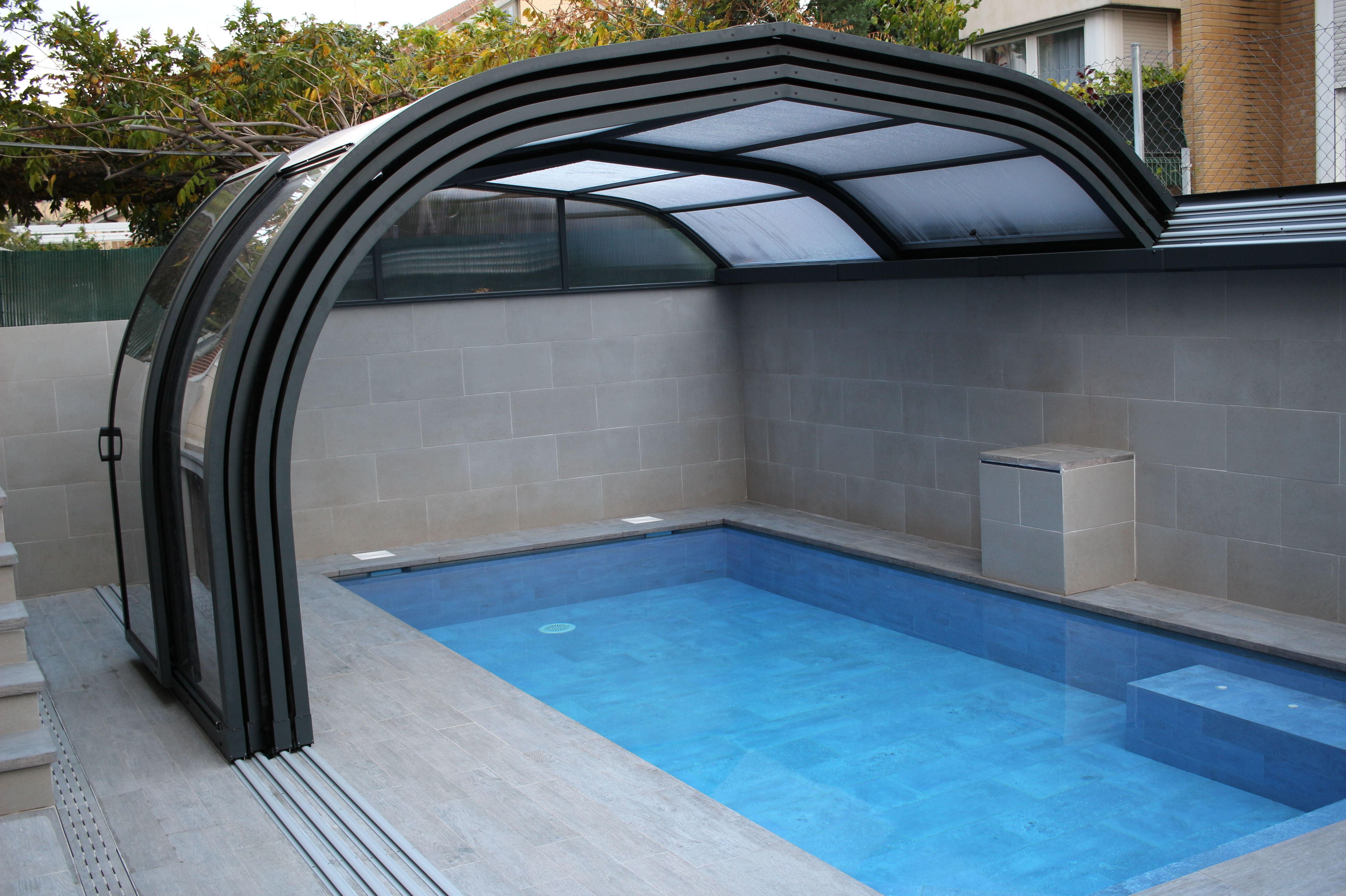 Foto 1 de Instalación de piscinas  en España | Piscinas Castilla - Construcción y Rehabilitación