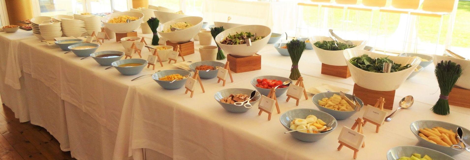 Un almuerzo saludable, el Buffet de Ensaladas.
