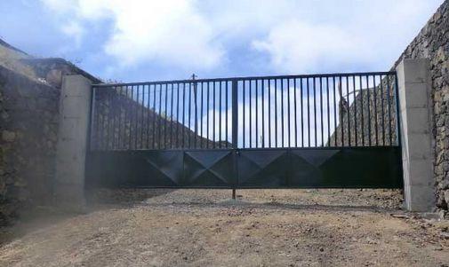 Foto 8 de Carpintería de aluminio, metálica y PVC en Los Llanos | Taller Agrícola Yepabely