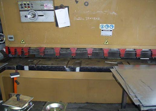 Foto 12 de Carpintería de aluminio, metálica y PVC en Los Llanos | Taller Agrícola Yepabely