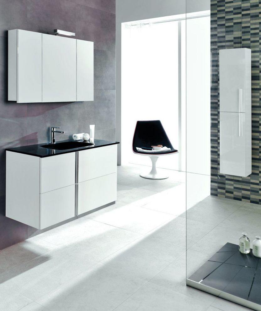 Muebles de baño y accesorios: Productos y servicios of Cuines i Portes Vial