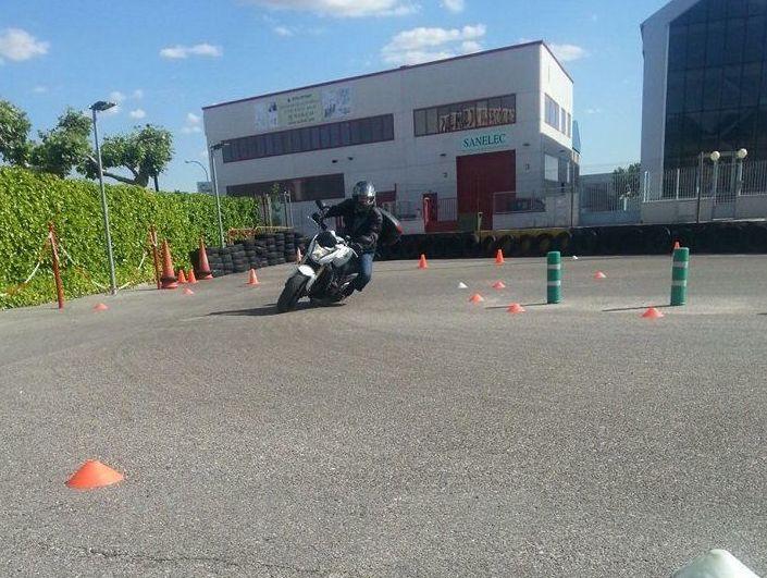 Formación de buenos conductores de moto en Móstoles