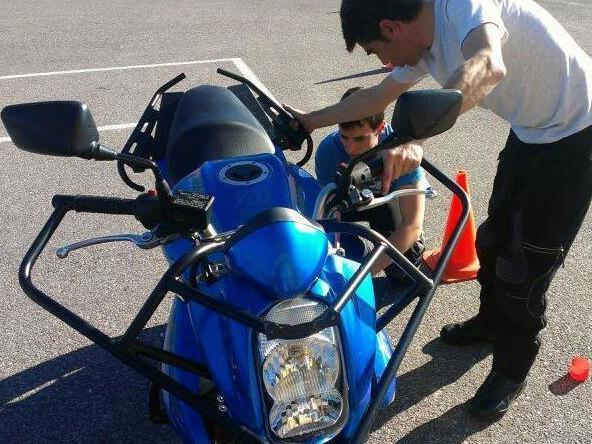 Motocircuito, clase práctica de mecánica de moto