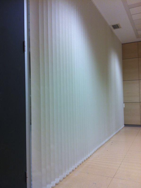 Instalación de mosquiteras y cortinas en Bilbao