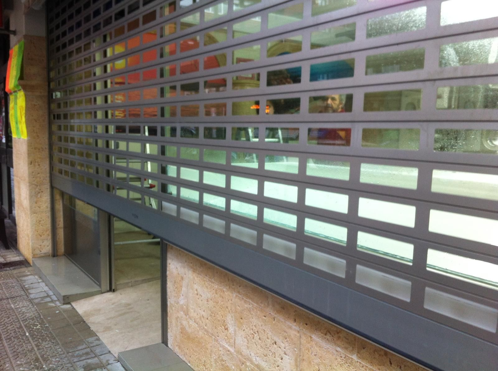 Instalación de persianas metálicas en Bilbao