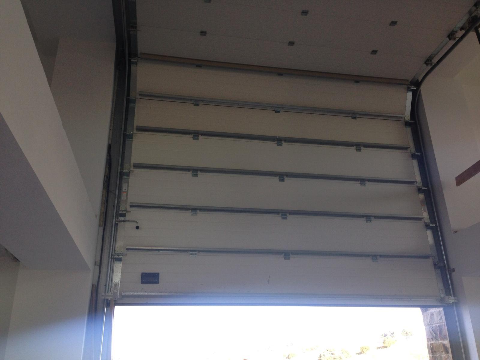 Venta, instalación y reparación de persianas automáticas en Bilbao