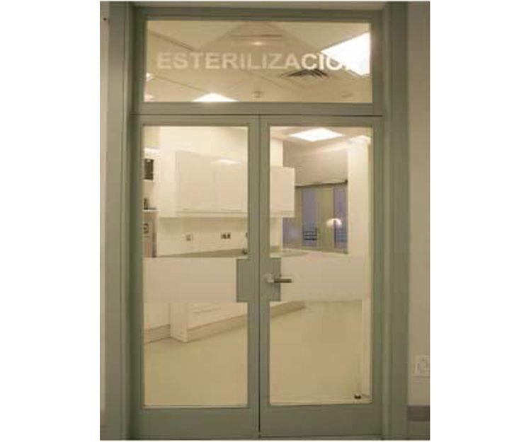 Fachada de la clínica en Gijón