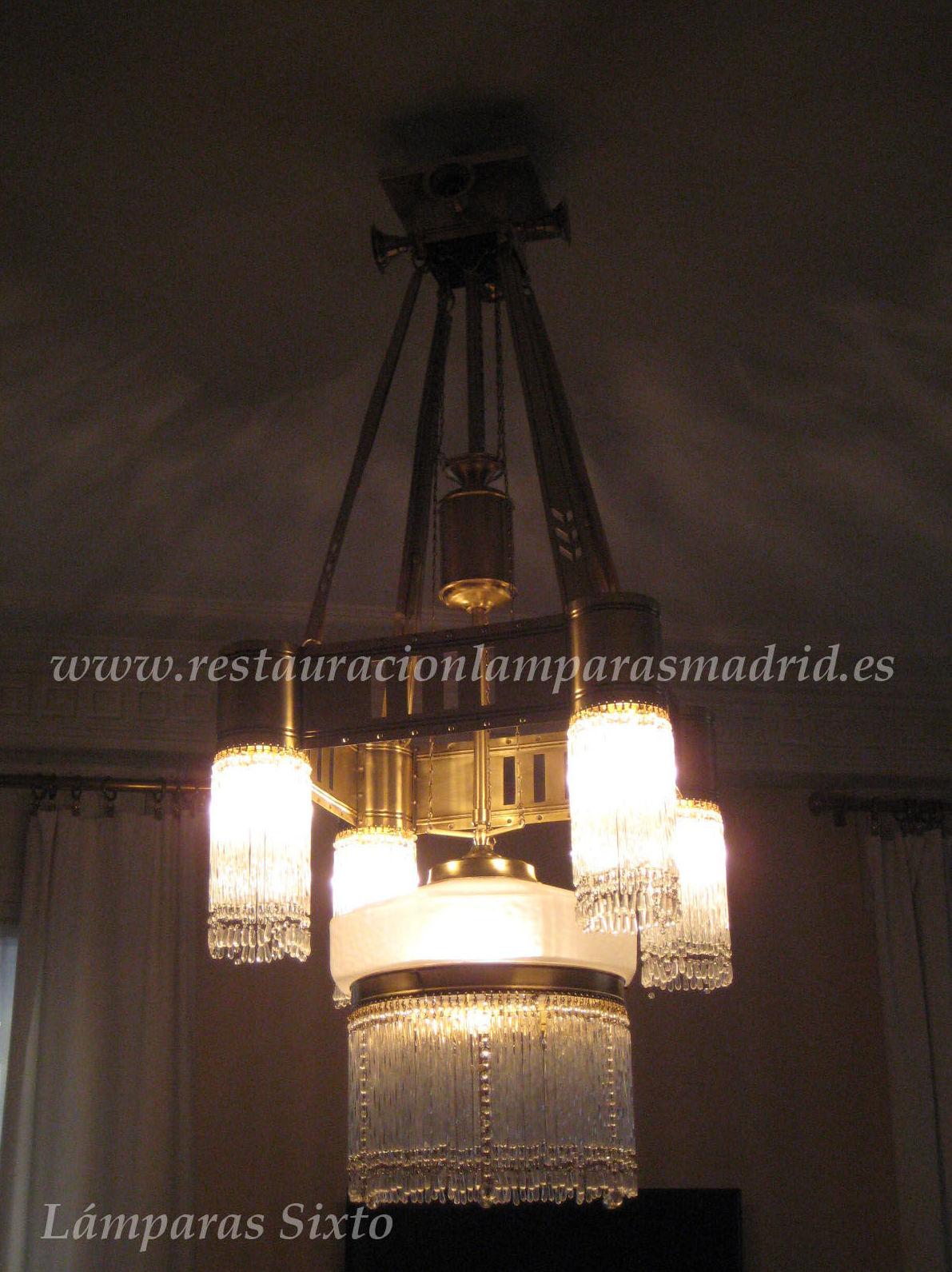 Lámpara de 5 luces con canaleta hueca