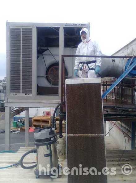 Desinfección legionella torre refrigeración