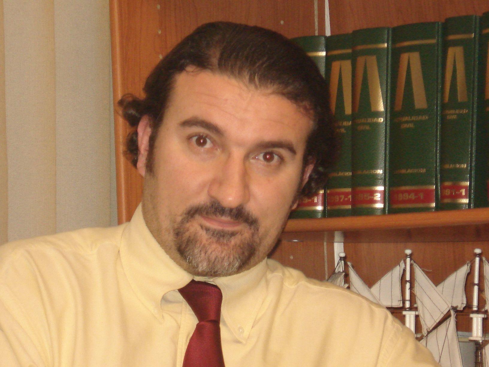 Titular: D. Manuel N. MARTOS GARCIA DE VEAS