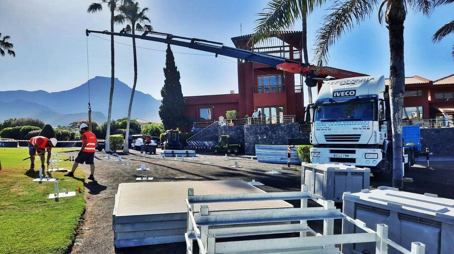 Trabajos con camión grúa. Tenerife.