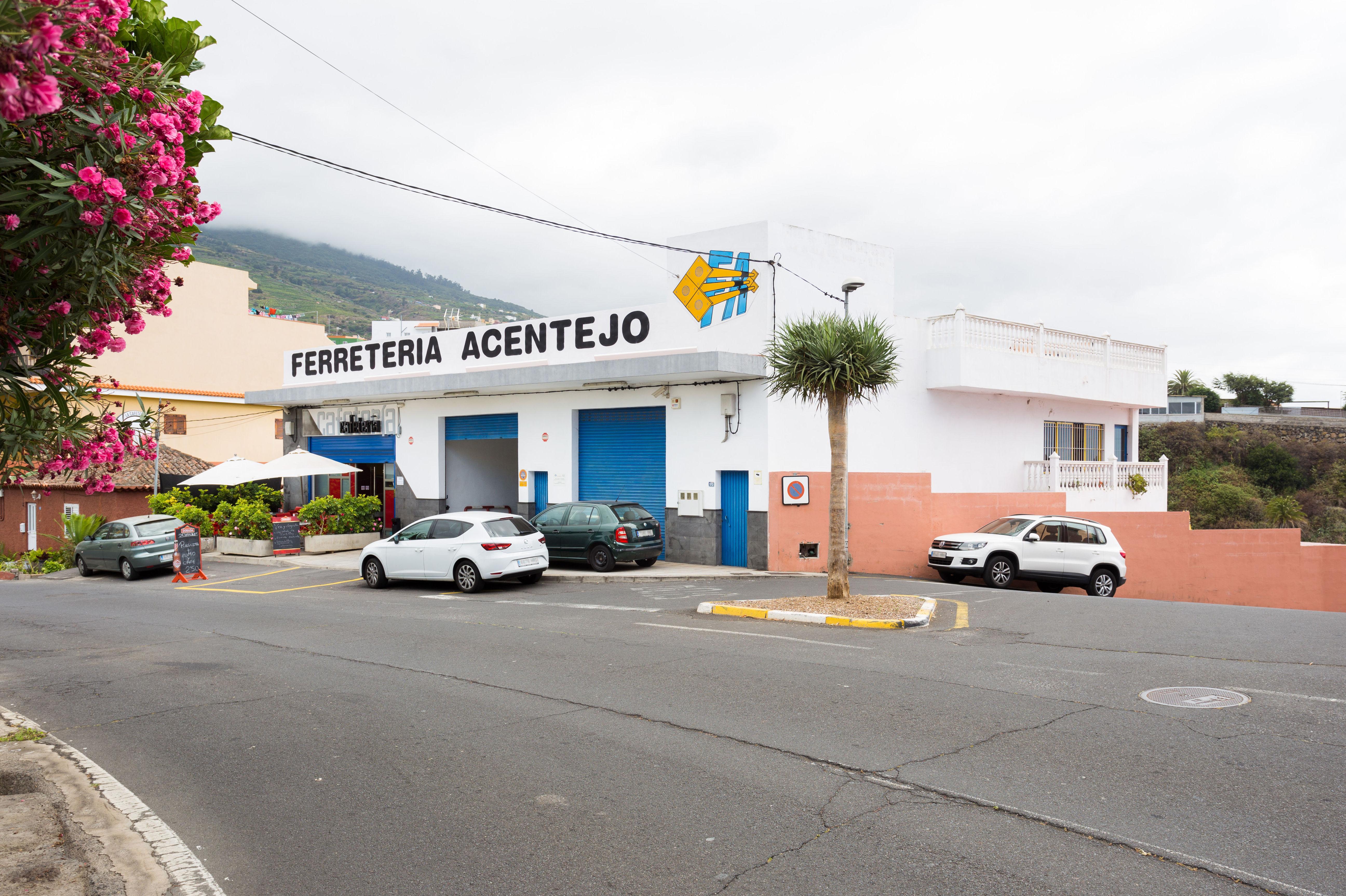 Foto 3 de Andamios en La Victoria de Acentejo | Servicios Tracentejo, S.L.