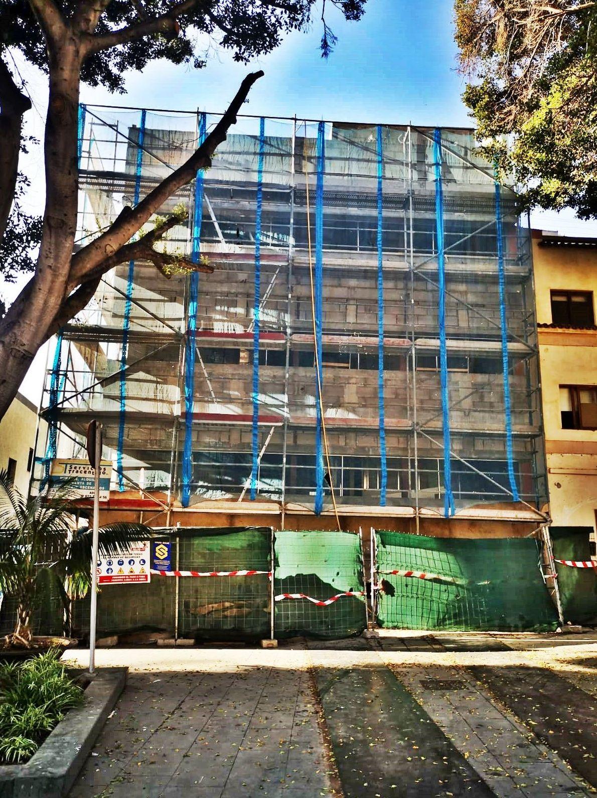 Foto 231 de Andamios en La Victoria de Acentejo | Servicios Tracentejo, S.L.