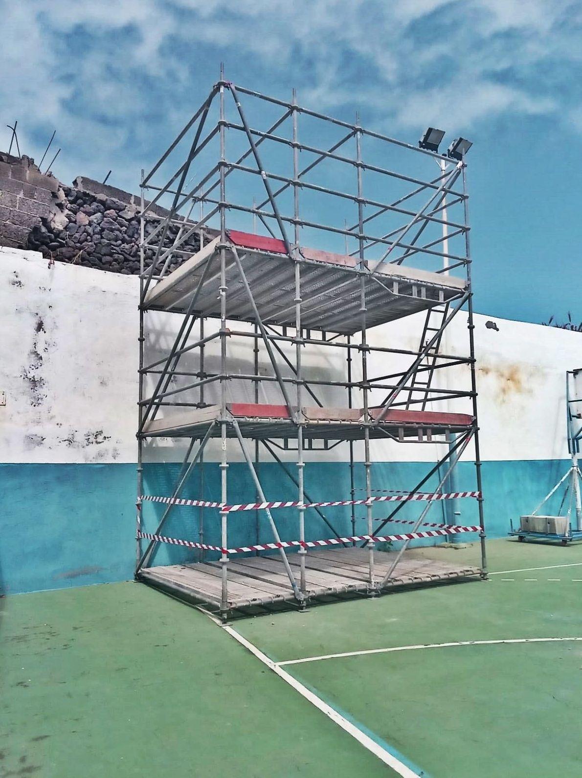 Estructura para la realización de trabajos en altura. San Juan de la Rambla.