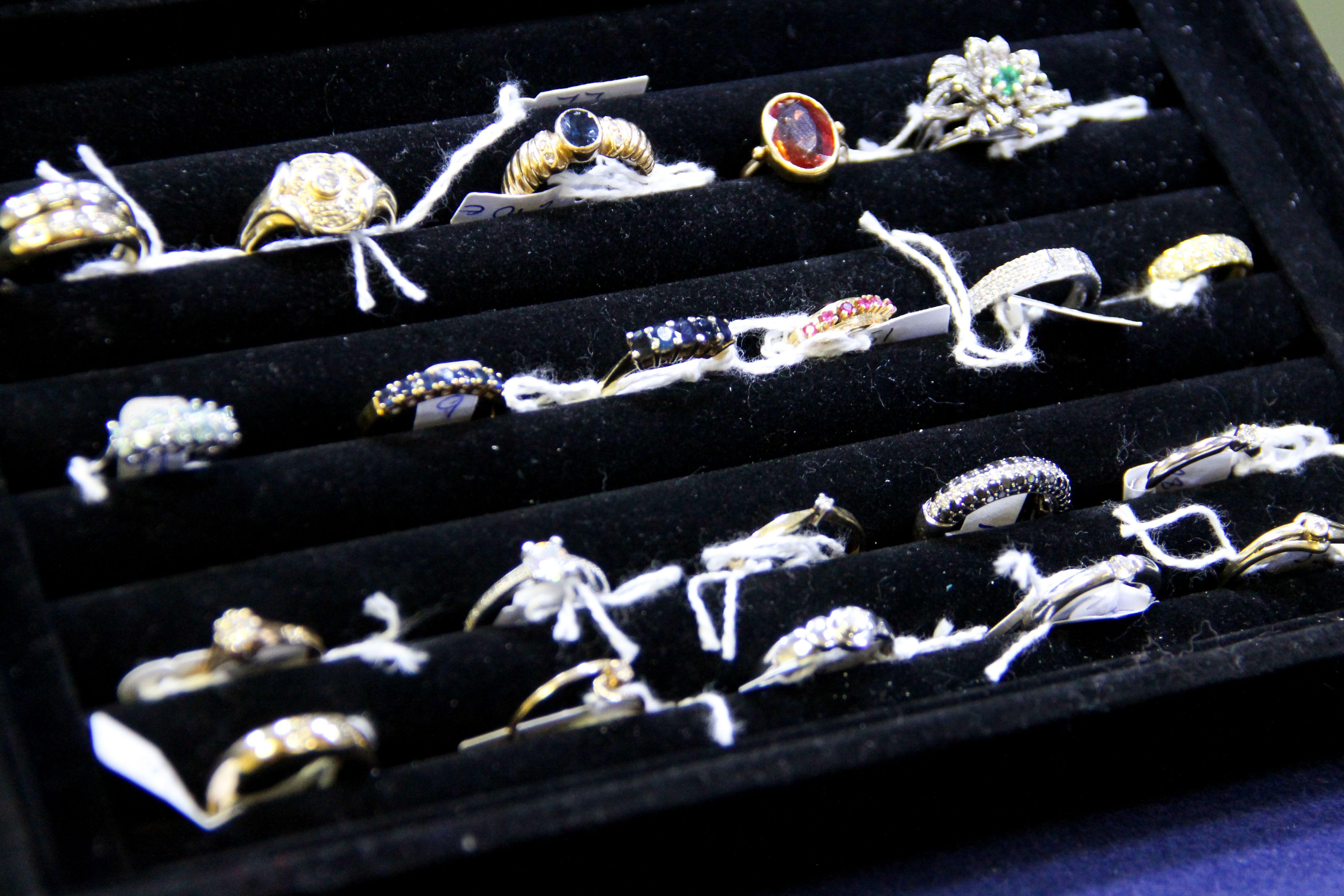 Compramos joyas de oro y plata en Madrid