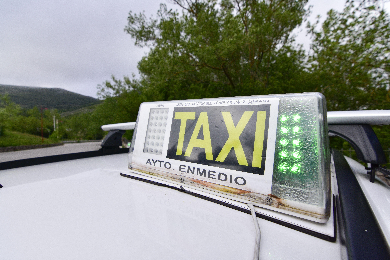 Servicio de taxi en Campoo de Enmedio