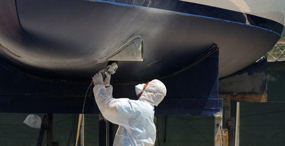 Pintura y reparación a todo tipo de embarcaciones Málaga