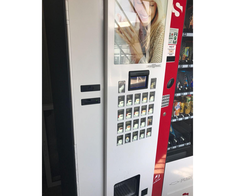 Máquinas expendedoras de nuestro parking en Paterna