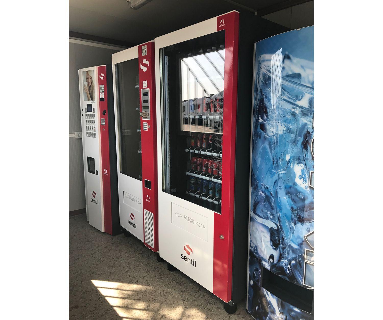 Máquinas expendedoras de snacks de nuestro parking en Paterna