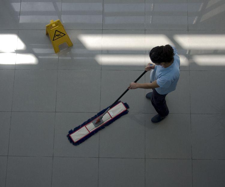 Limpieza de oficinas y edificios en Granada