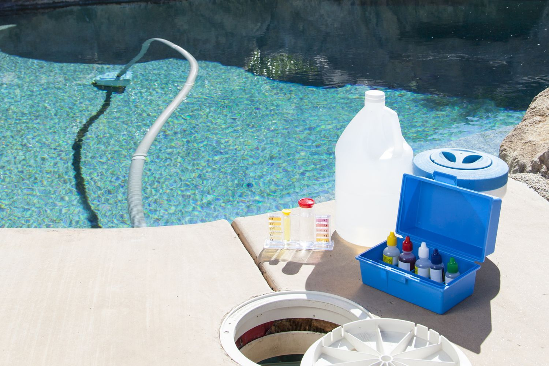Mantenimiento de piscinas en alcal de henares piscinas y for Mantenimiento de la piscina