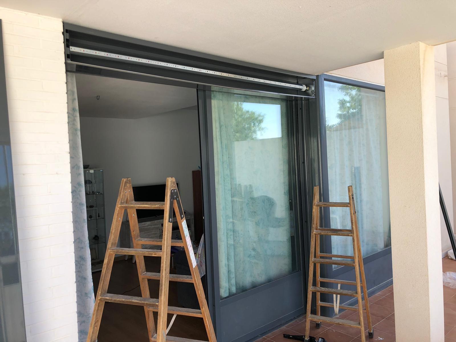 Instalación de persianas en puertas de terraza