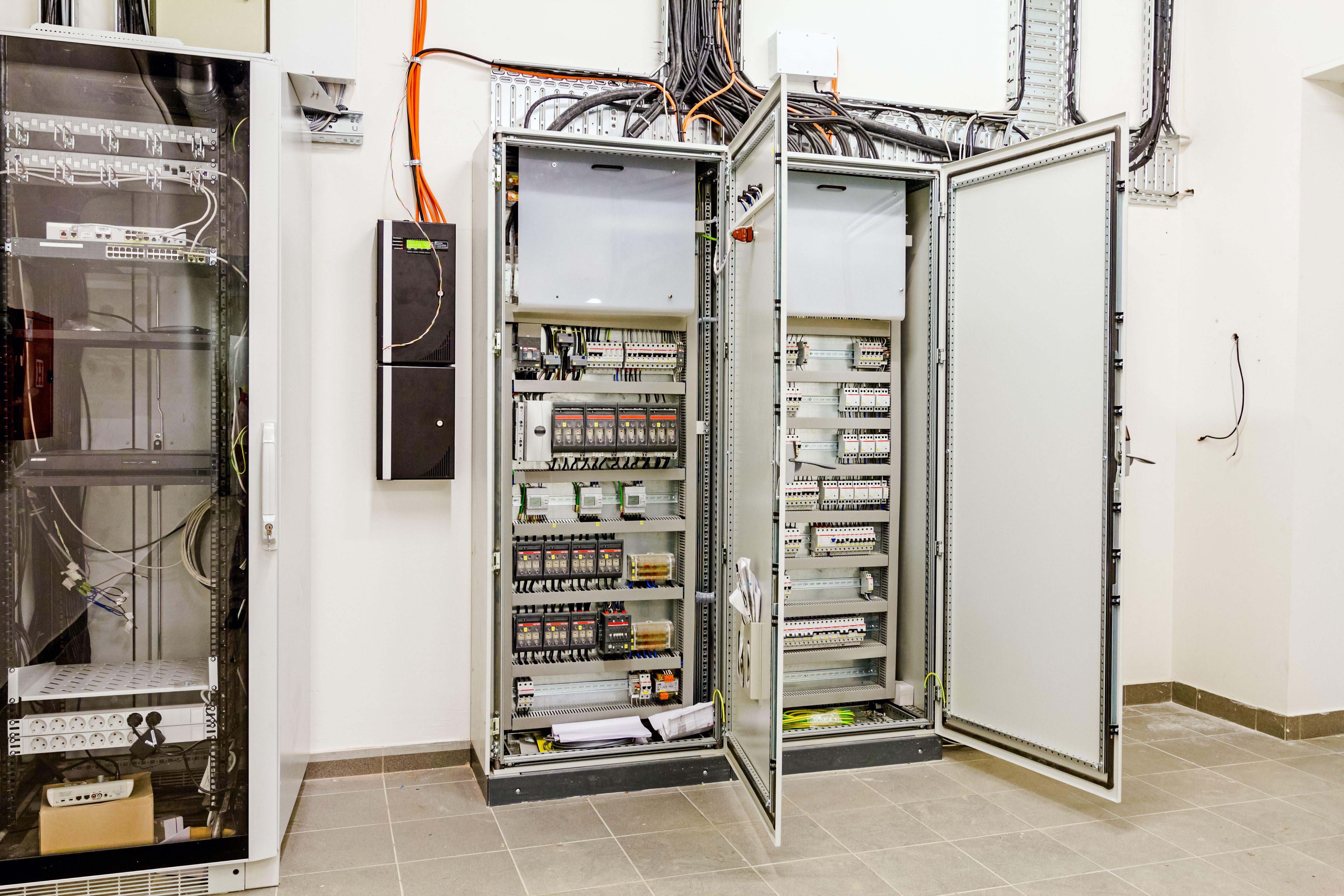 Instalaciones eléctricas de baja tensión en Madrid