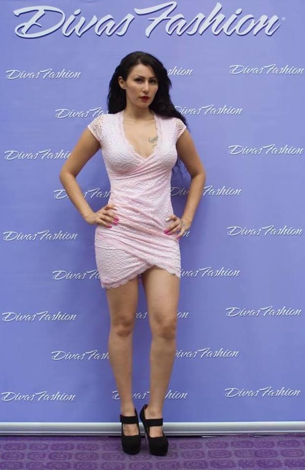 Vestido corto color rosa palo