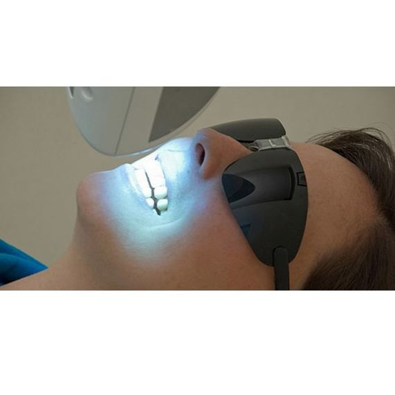 Blanqueamiento dental : Tratamientos dentales de Presedo Alberdi, M.
