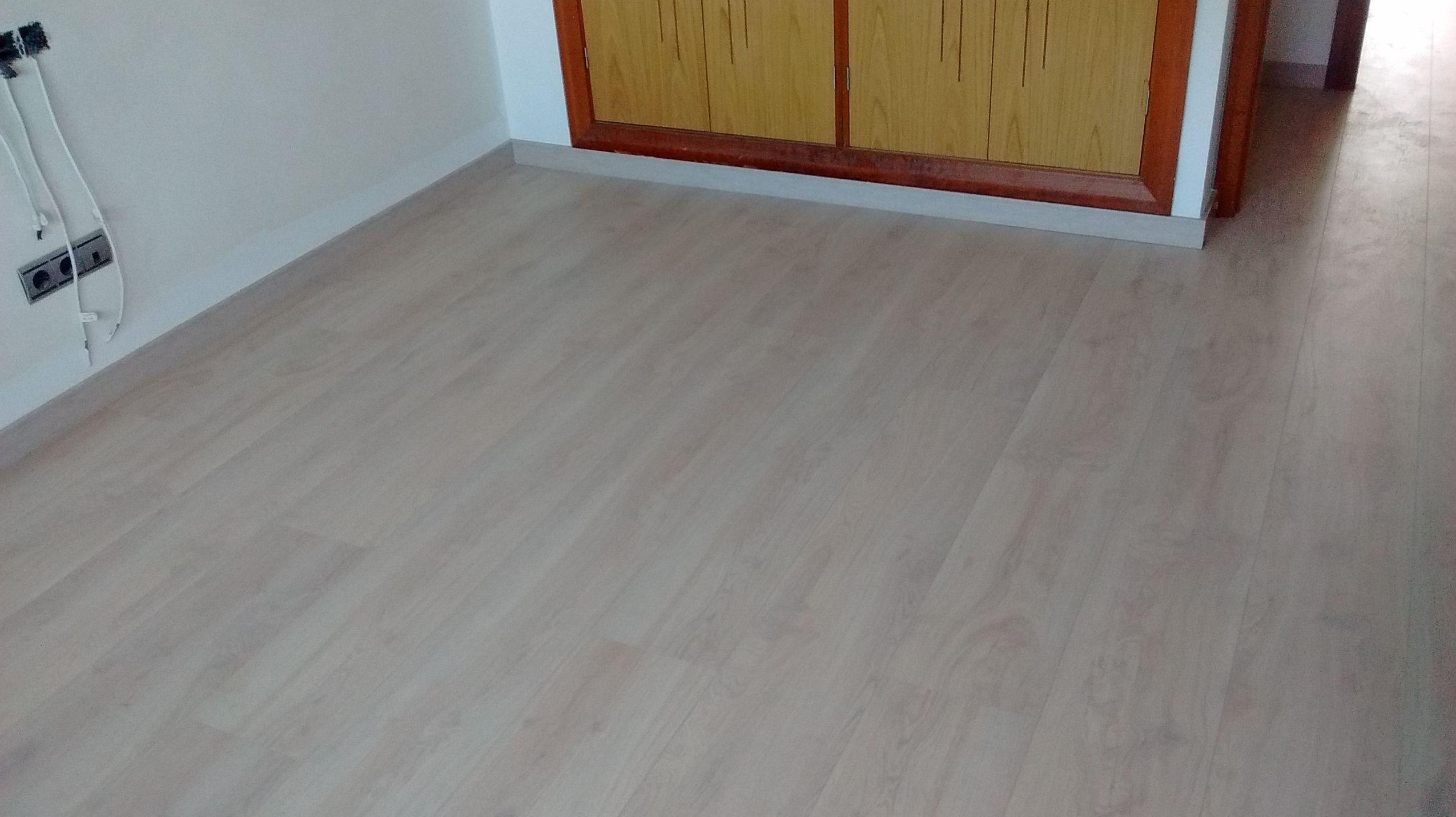 Foto 26 de tarimas y suelos laminados en estepona instalador de pavimentos tarimas y suelos - Suelos laminados malaga ...