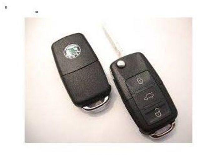 Llave de coche Skoda modelos: Octavia, Roomster, Fabia: Productos de Zapatería Ideal Alcobendas