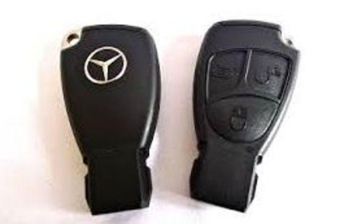 Llave de inserción Mercedes Aclass: Productos de Zapatería Ideal Alcobendas