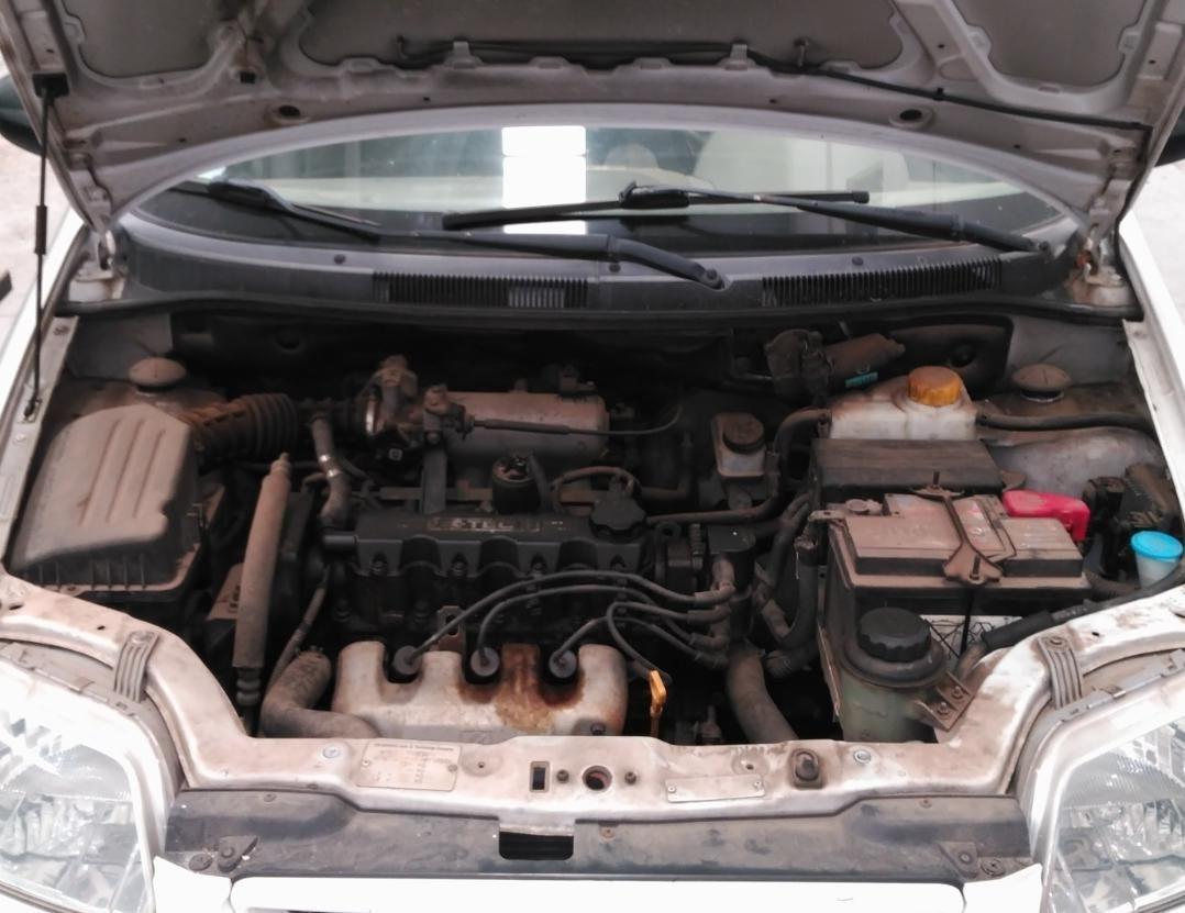 Limpieza integral de coches en Linares