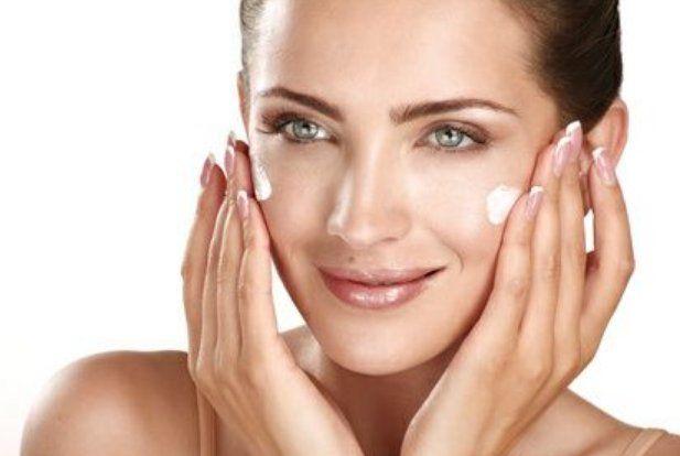Higiene facial: Tratamientos y cosméticos de Etherma